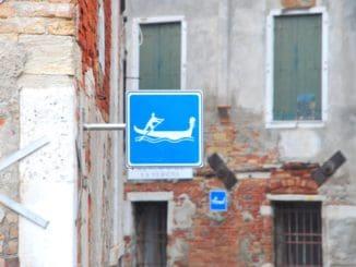 Italy, Venice – sign, Nov. 2012