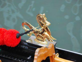 Italy, Venice – golden dragon 5, Nov. 2012