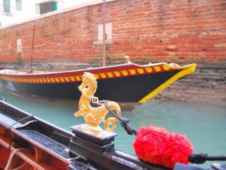 Italy, Venice – golden dragon 4, Nov. 2012