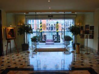 Italy, Venice – entrance of hotel, Nov. 2012