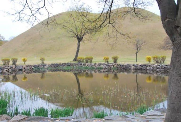 Tumuluses in Korea, too…in Gyeongju