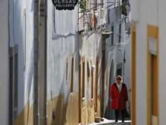 Walking in Evora