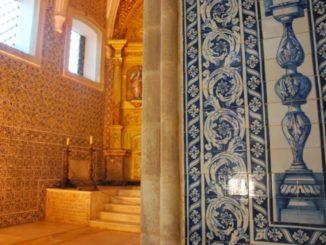 Portugal, Evora – church interior, 2011