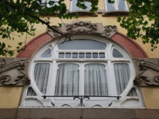 Portugal, Oporto – round window, 2009