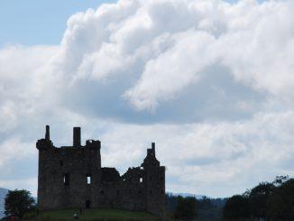 scozia-castello-kilchurn-sera