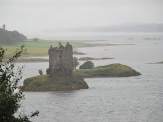 Castle Stalker in the rain