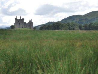 Scotland, Kilchurn Castle – far away castle 2010