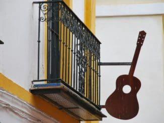 スペイン、セビリア-出入り口 2010年12月