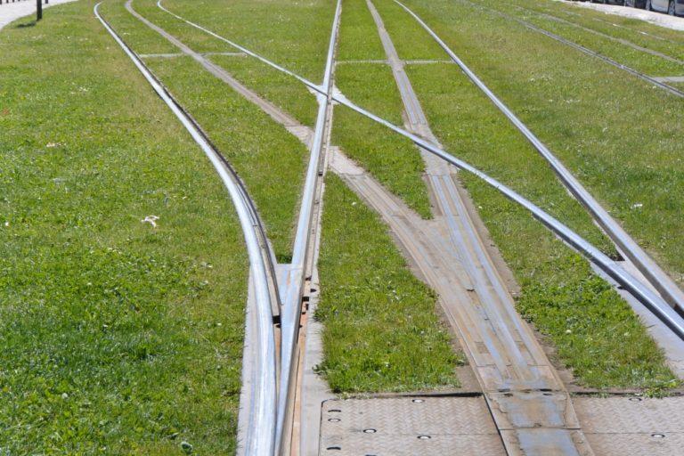 町―線路 2016年5月 (ボルドー)