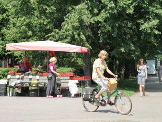 market – cyclist, July2016