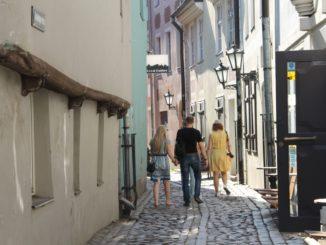 town – walking people, July 2016