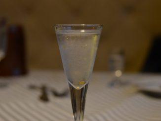 グダニスクのレストランで飲んだ「金の水」
