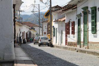 サンタ・フェ・デ・アンティオキア-静かな通り 2016年12月