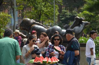 Medellin, Botero Plaza – watermelon, Dec.2016
