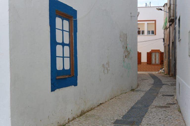 Olhao – alley, Feb.2017 (Olhão)