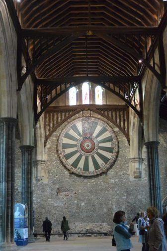 グレートホールにあるアーサー王の円卓