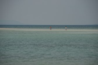 Taketomi Island – walking people, Apr.2017