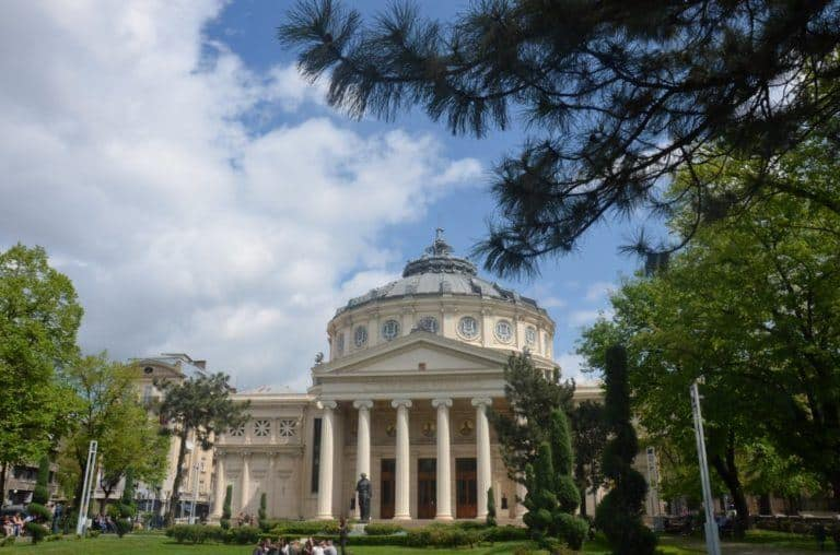 Bucharest, the Romanian capital: 10 things to see and do