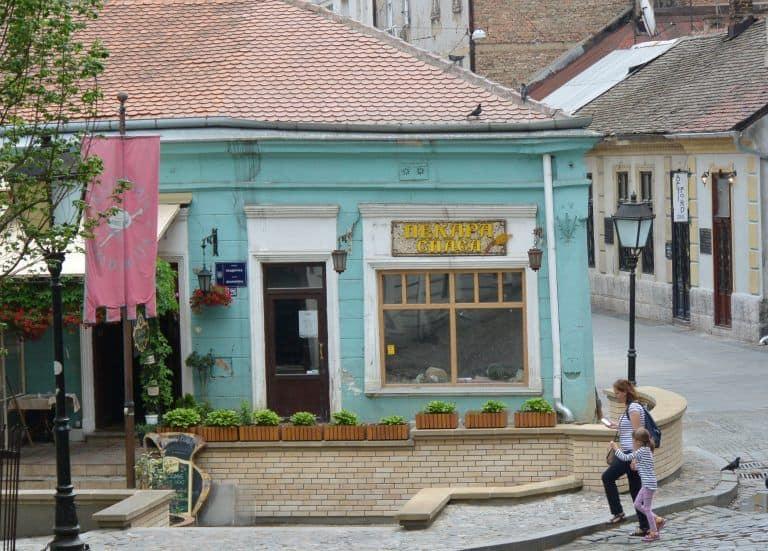 Caminando por el casco antiguo de Belgrado