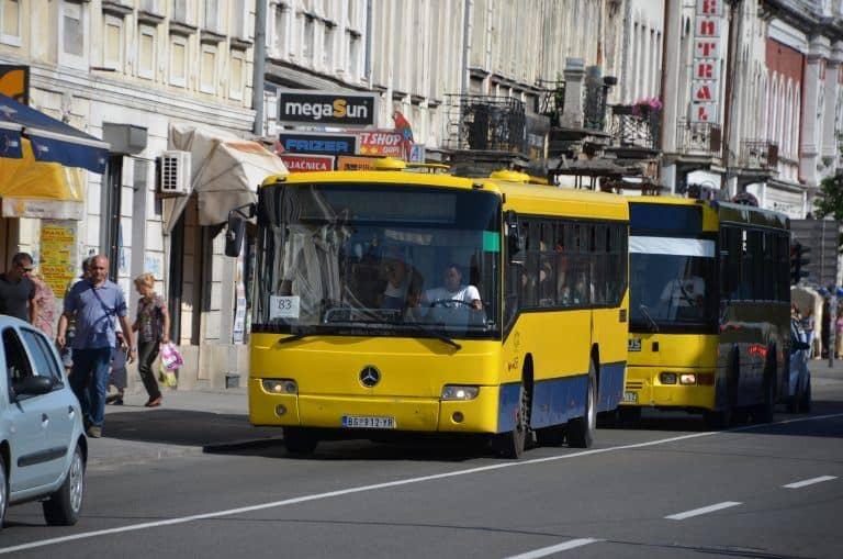 A Zemun un quartiere di Belgrado in autobus