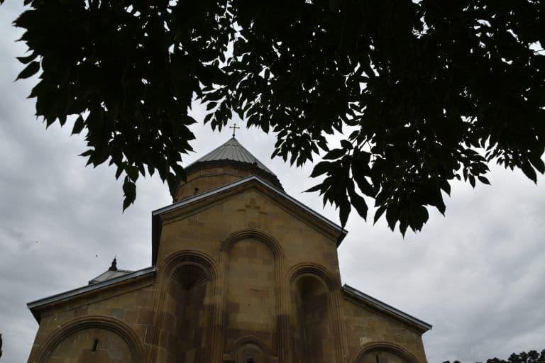 El convento de monjas y la catedral en Mtskheta