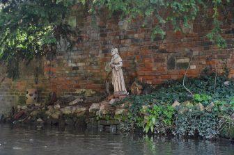 statua-fiume-canterbury-punt