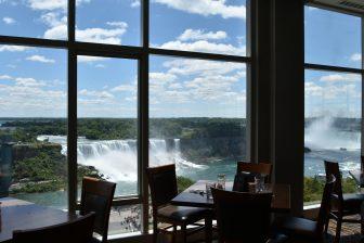 カナダ ナイアガラ シェラトンホテル 展望レストラン 眺め