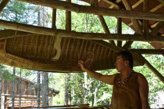 Canada-Quebec-Wendake-Onhoüa Chetek8e-Huron People-canoe-guide