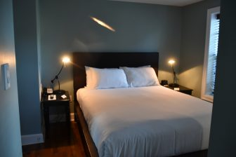 Canada-Prince Edward Island-Charlottetown-Great George Hotel-bedroom