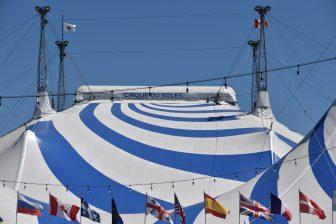 カナダ モントリオール シルク・ドゥ・ソレイユ テント
