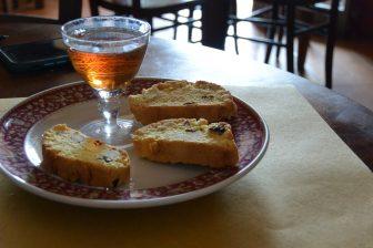 Italia-Umbria-Assisi-ristorante-Osteria-Santu-Mangione-dessert