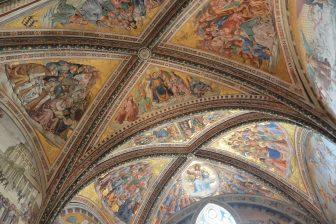 Italy-Umbria-Orvieto-catehdral-Cappella San Brizio-ceiling