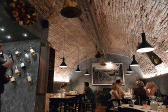 Italy-Umbria-Perugia-restaurant-Il Giurista-interior