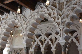 スペイン サラゴサ アルハフェリア宮殿 装飾