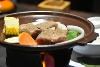 日本 九州 大分県 別府 鉄輪温泉 山水館 夕食 和牛ステーキ