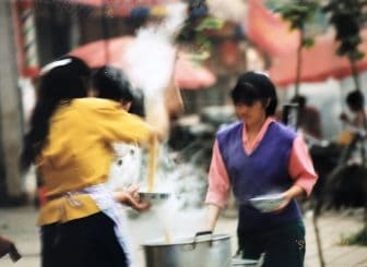 China-Kunming-city tour-noodle shop-breakfast-women