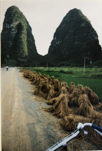China-Yangshuo-montañas-bicicletas-viaje
