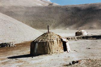Cina-Kashgar-Tashkurgan-China National-Highway-314-yurt