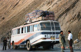 Cina-Kashgar-Tashkurgan-China-National-Highway-314-bus-