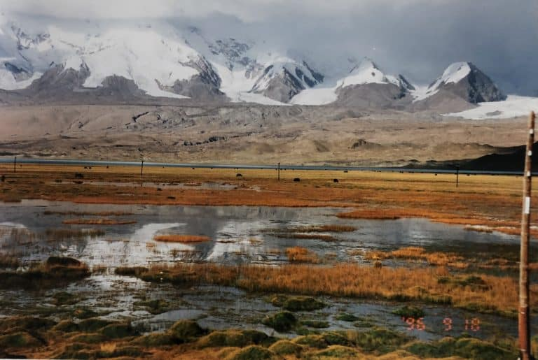 the lake of Karakul, the most beautiful in the world