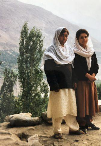 Pakistan-Karimabad-studentesse