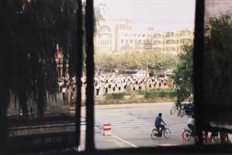 China-Kashgar-morning-exercise-people-lined up