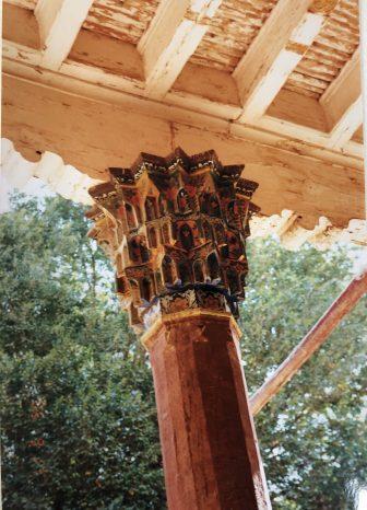 China-Kashgar-Afaq Khoja Mausoleum-pillar-decoration