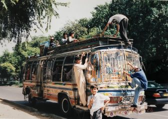 Pakistan-Rawalpindi-bus-people