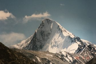Pakistan-around Sust-mountain-summit