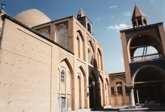 イラン イスファハン ヴァ―ンク教会 外観