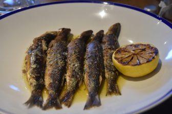 イングランド コーンウォール州 ルー レストラン The Sardine factory イワシ