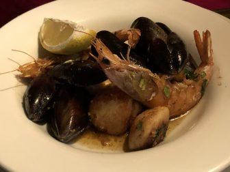 England-Cornwall-Looe-restaurant-the Smugglers Cott-Shellfish Medley