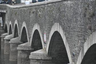 England-Cornwall-Looe-bridge