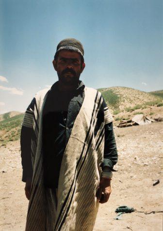 Iran-Marboreh-Bakhtiari-man-jacket